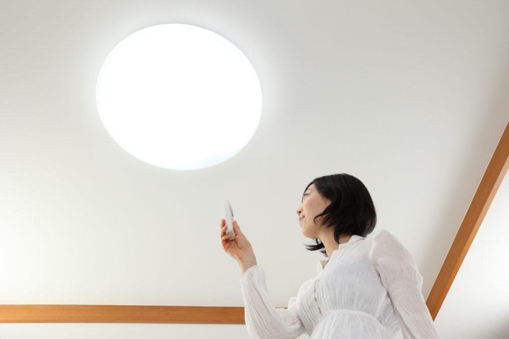 丸型のLEDを採用する事によるメリットの紹介、従来の蛍光灯との違いを比較!
