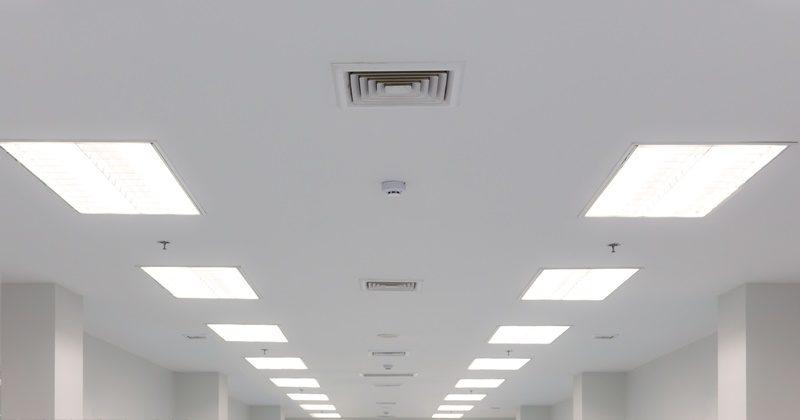 オフィス LED蛍光灯